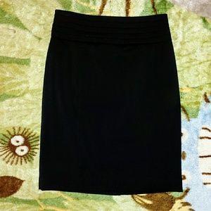 NWOT H&M Black Pencil Skirt